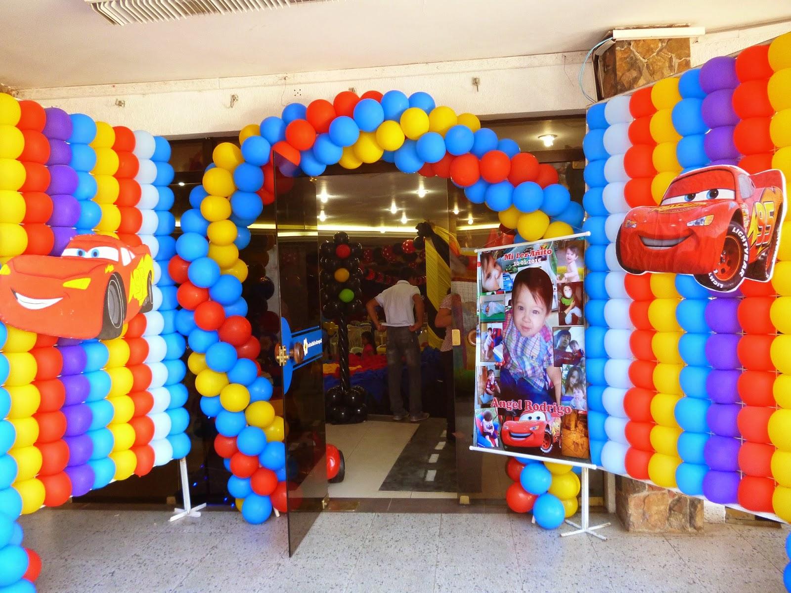 Fiestas personalizadas ideas de decoraci n de fiesta for Decoracion para pared fiesta