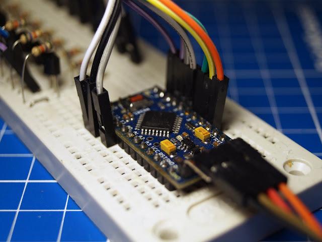 Arduino ProMini на макете часов на газоразрядных индикаторах ИН-12Б