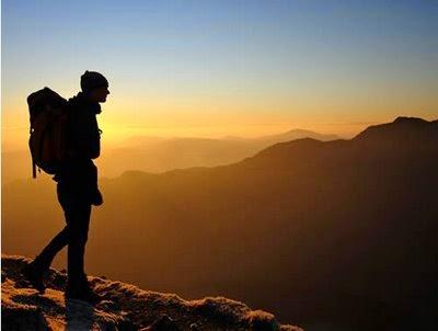 tips mendaki gunung di musim hujan