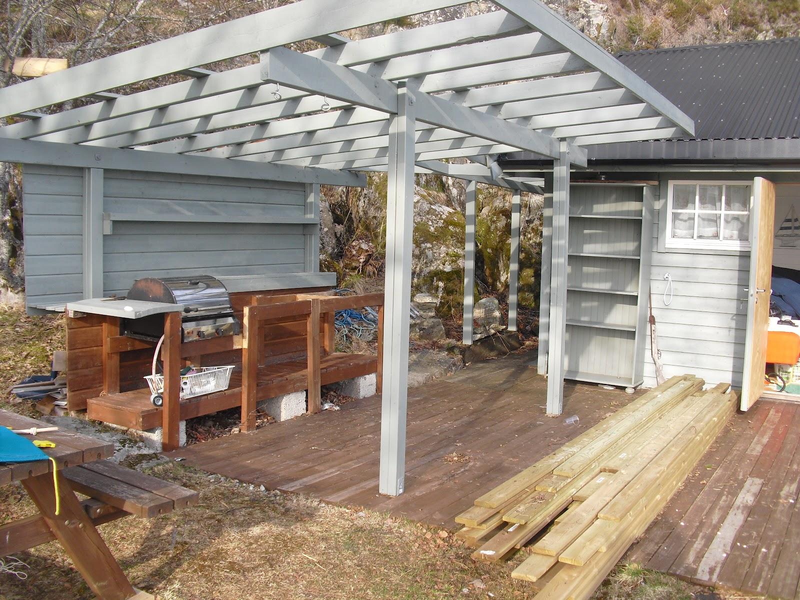 Opprinnelig Tove Kristins Hage: Uteplassen på hytta. UH-19