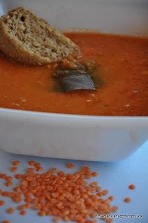 Η απόλυτη καλοκαιρινή βελουτέ σούπα με κόκκινες φακές