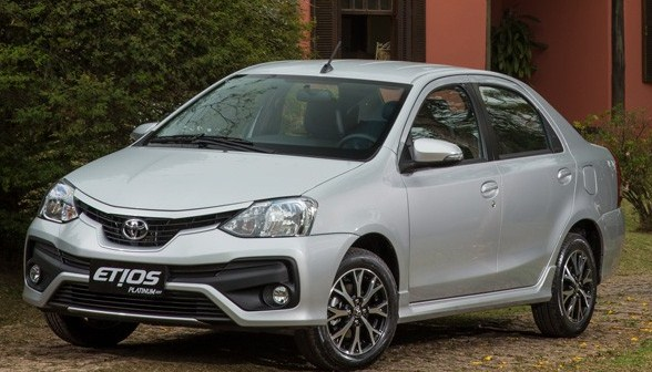 2016 Toyota Etios Price and Specs
