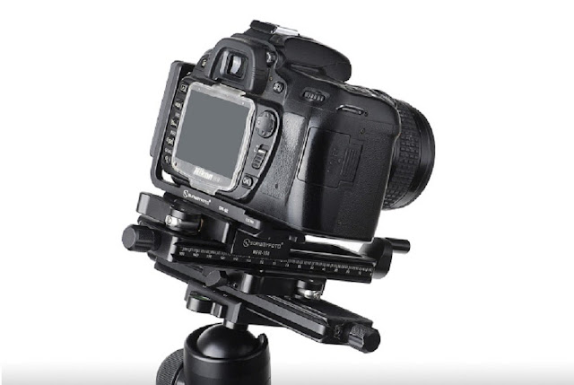 Nikon DSLR clamped on stacked Sunwayfoto MFR-150 units