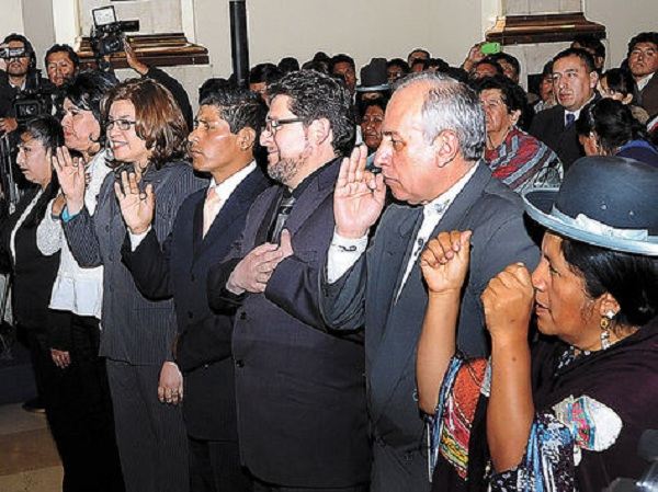 Vocales posesionados por el régimen en 2015, Uriona y Exeni renunciaron en 2018 / ARCHIVO LA RAZÓN