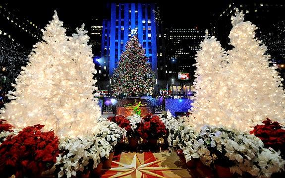 AAA Tree Service: The Rockefeller Center Christmas Tree