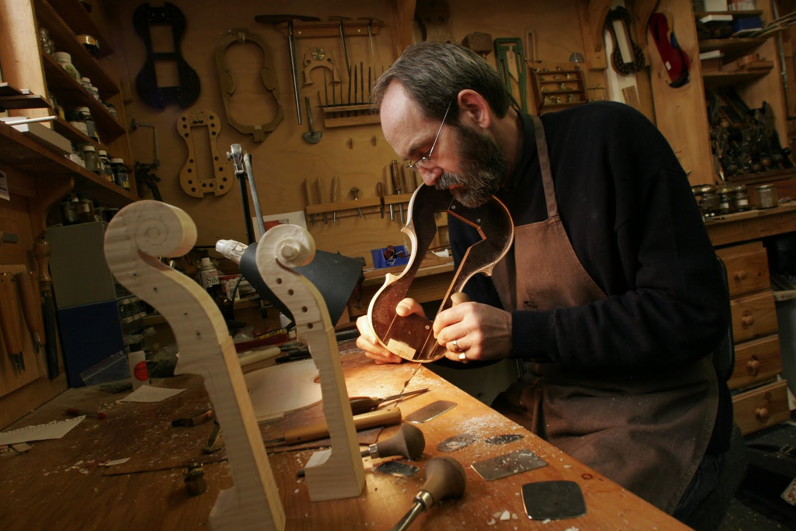 violin makers workshop