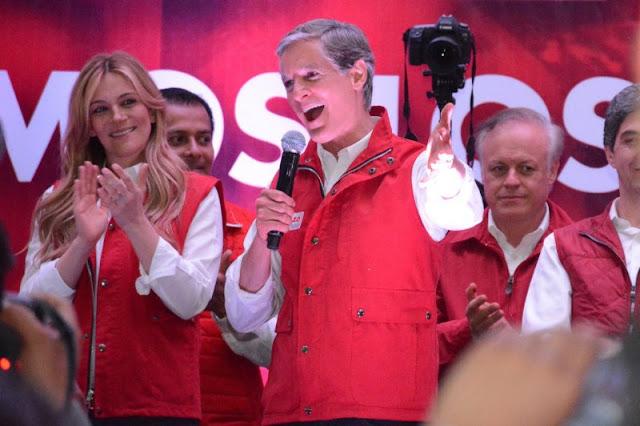 Premian la elección del Estado de México en Suiza como la peor del año