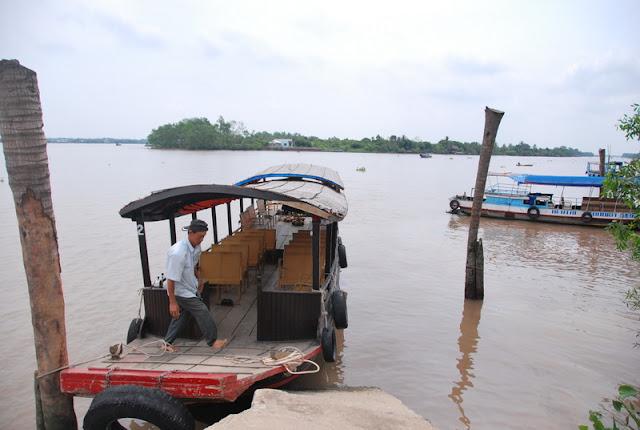 Mekong Delta Tours 2011