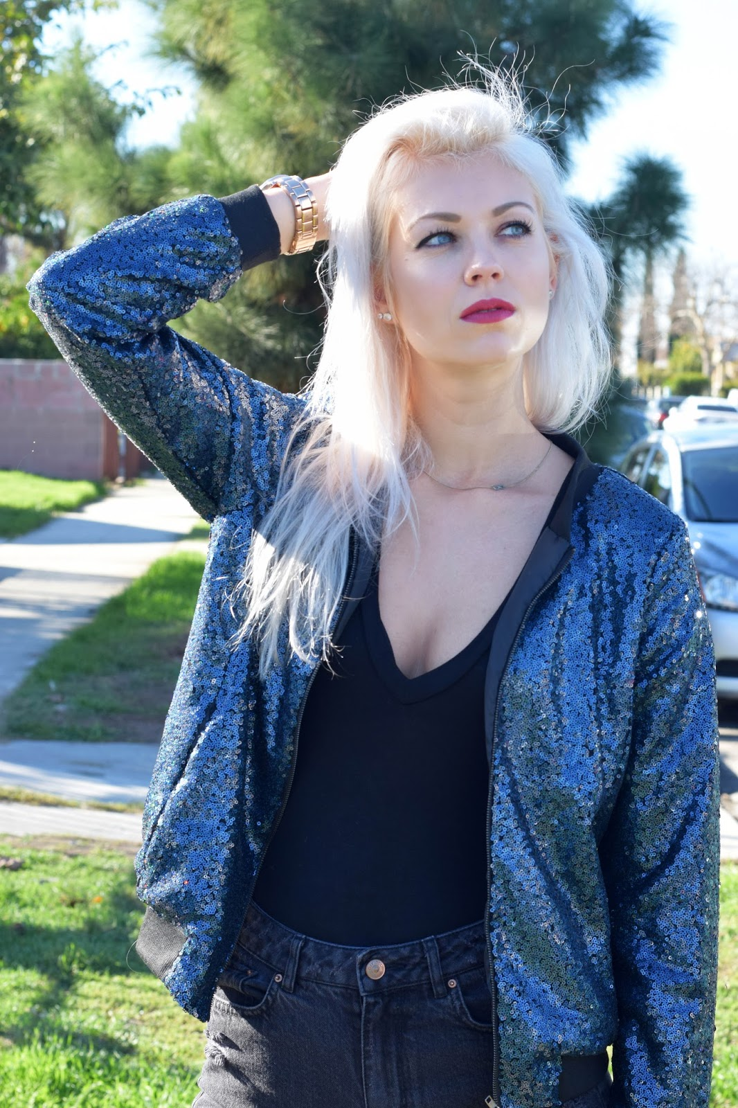 jolly chic, bomber jacket, sequin jacket, how to style sequin jacket, german blondy