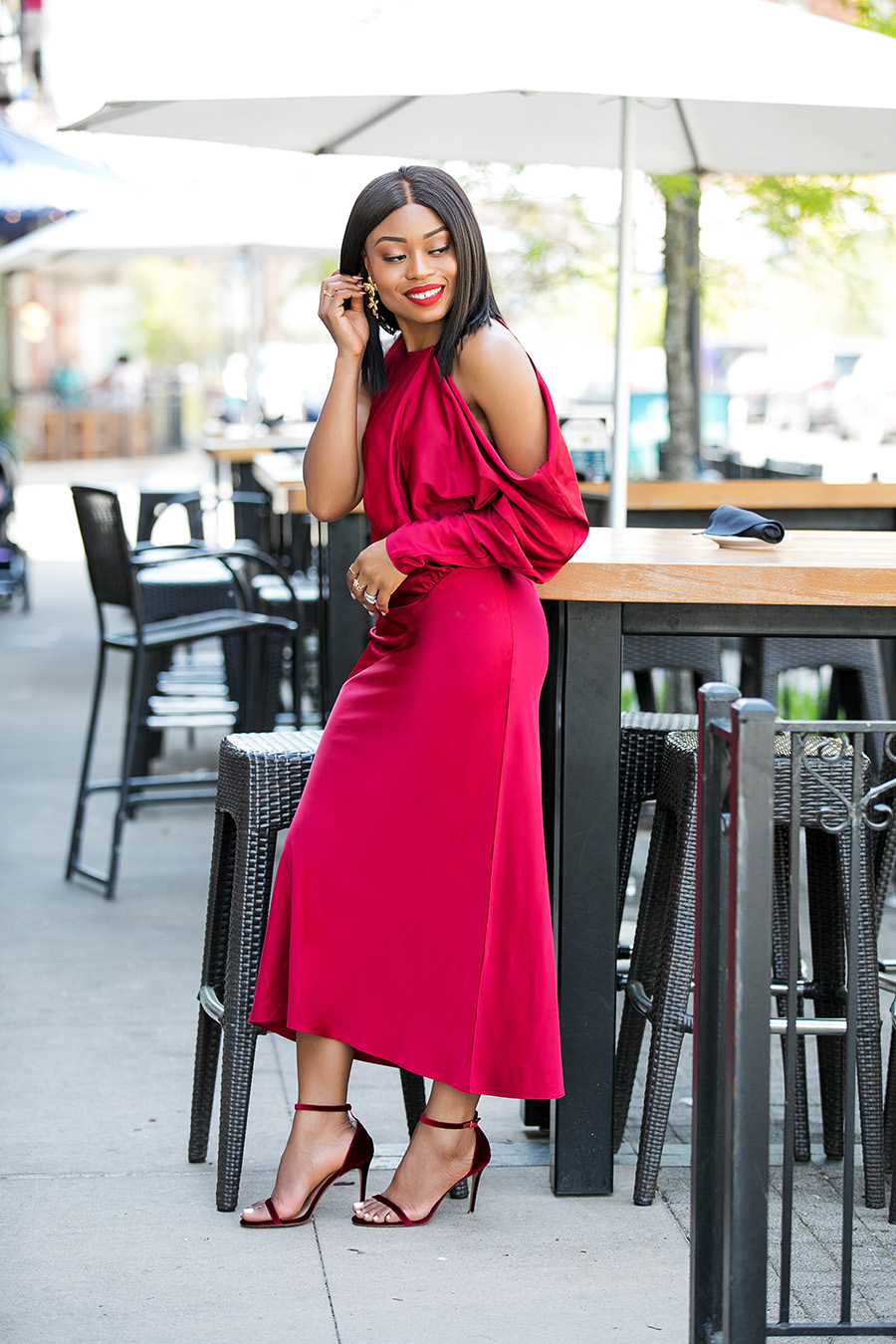 holiday party dresses that will make you stand out