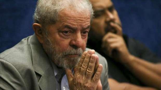 Relator vota por rejeição de candidatura de Lula no TSE