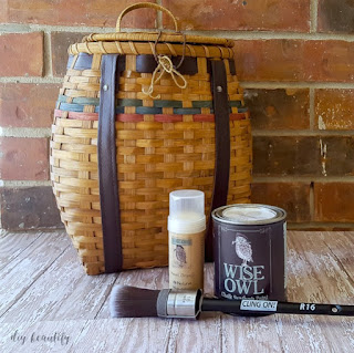 http://www.diybeautify.com/2017/03/how-to-update-a-basket-with-paint.html