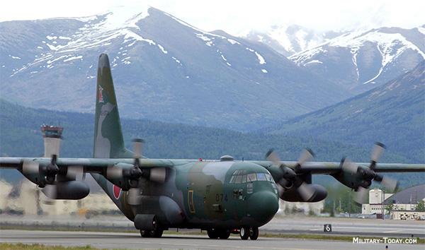 Lockheed C-130 HERCULES MILIK TNI AU JATUH SELASA INI