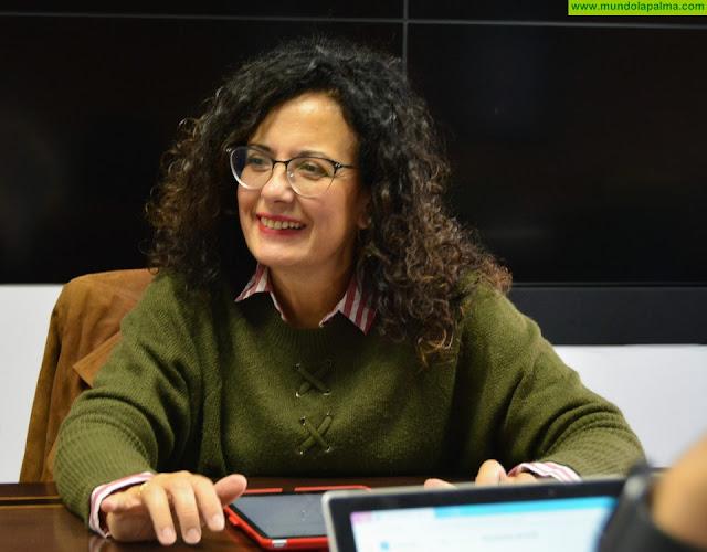 Participación Ciudadana lleva la problemática del rabo de gato a todos los institutos de La Palma