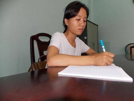 Nữ sinh mồ côi sắp tắt ước mơ đại học