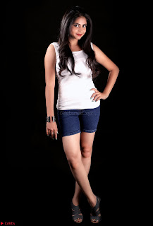 Actress atri Spicy Portfolio 002.jpg