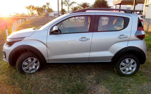 Fiat Mobi Way - Prata Brari