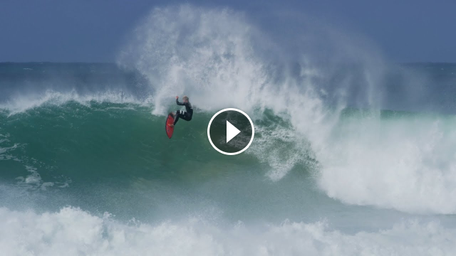 Surfing perfect 6-8ft JBay 2017