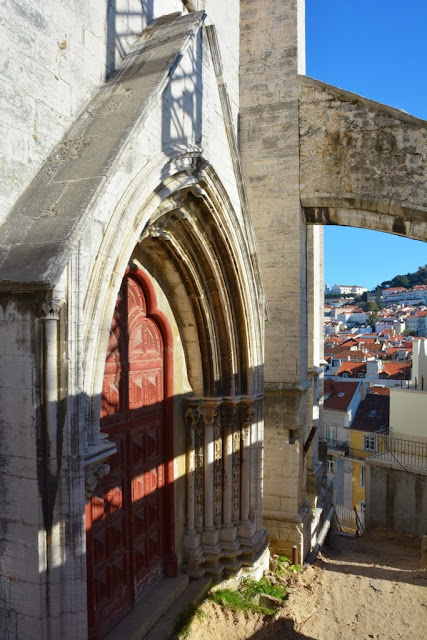General Impressions of Lisbon cathedral