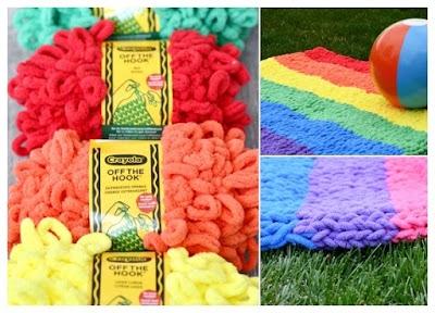 Cómo tejer una manta con lana crayola sin agujas o ganchos