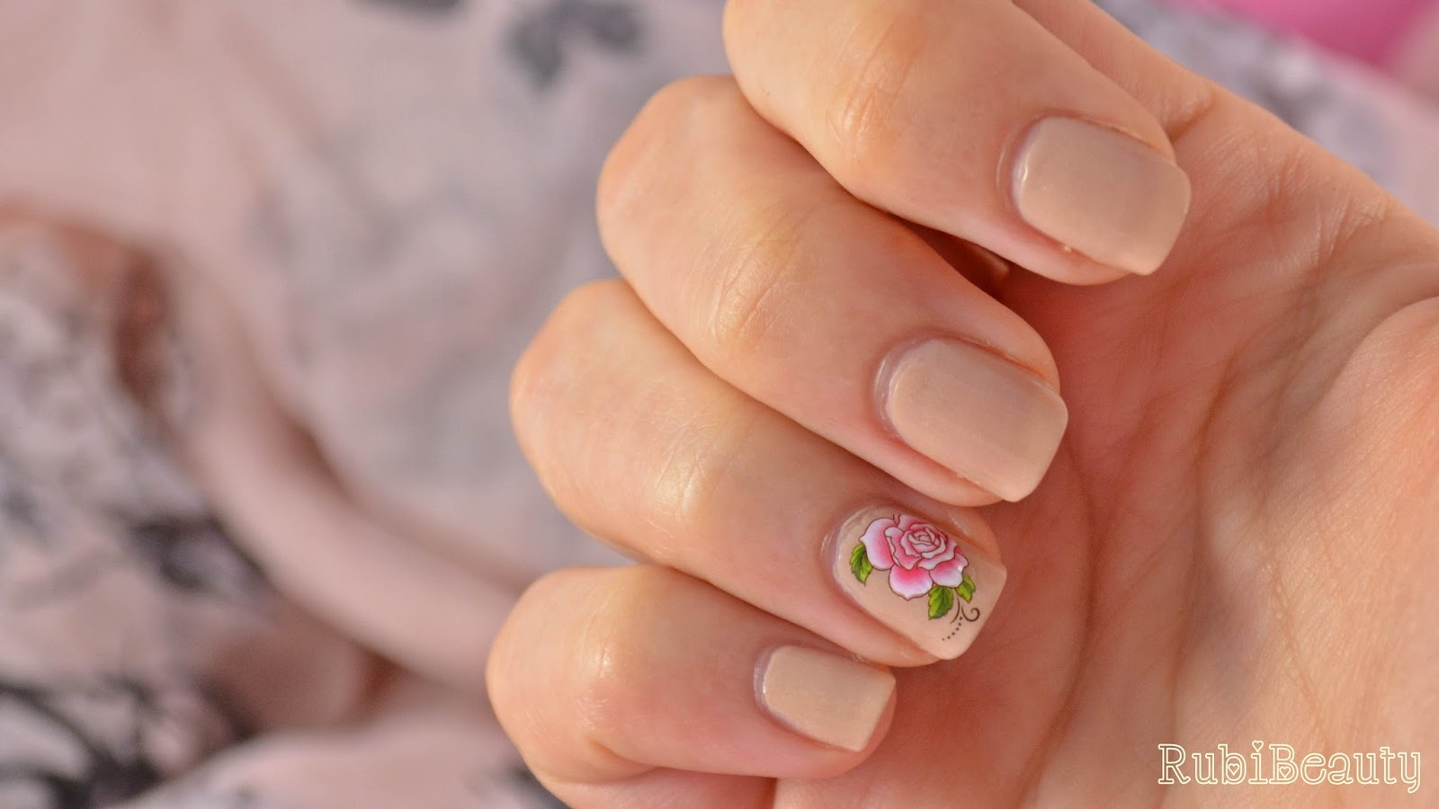 nail art sencillo romantico rosas nude water decals bornpretty store BPS rubibeauty