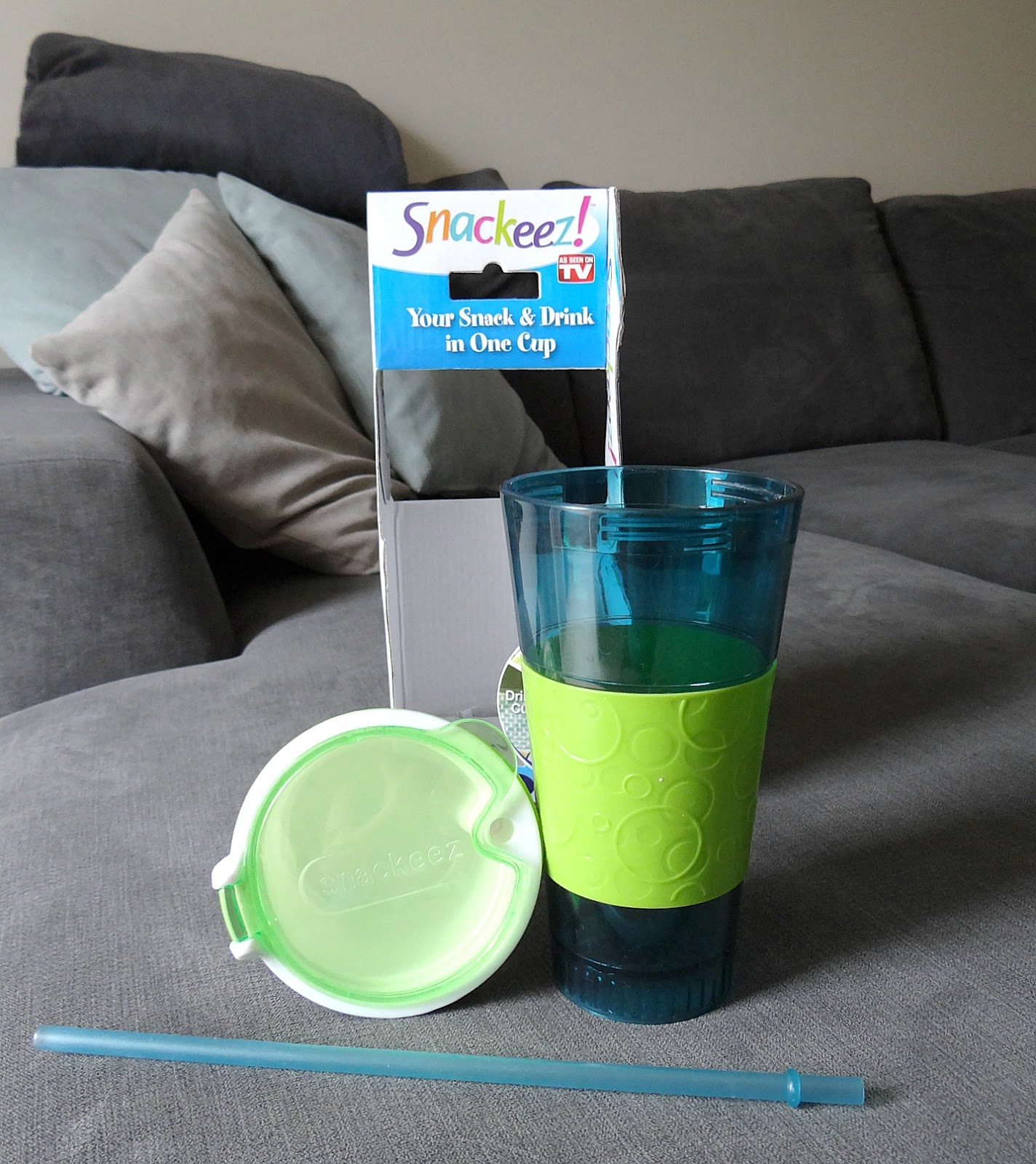Snackeez! Snack and Drink cup, snack and drink travel cup, no spill on the go cup