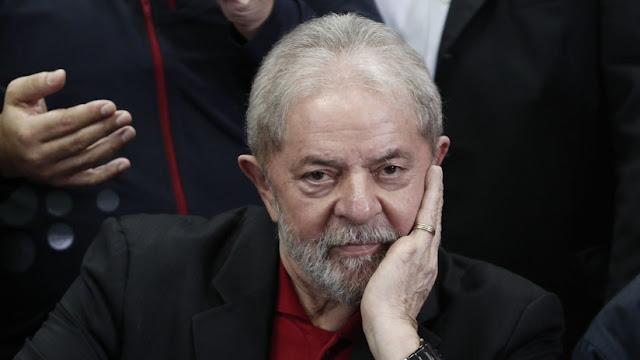 Un juez brasileño emite un fallo que puede liberar al expresidente Lula