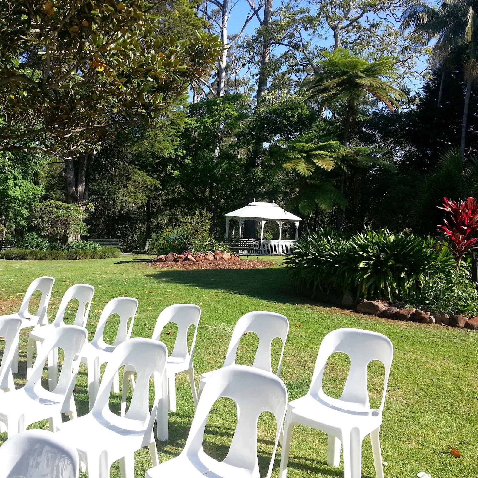 wedding white chairs garden rotunda