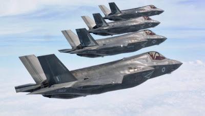 Βρετανός Α/ΓΕΕΘΑ: «Oι Ρώσοι μπορεί να επιχειρήσουν να σκοτώσουν τους 40 πιλότους των F-35 της RAF»!