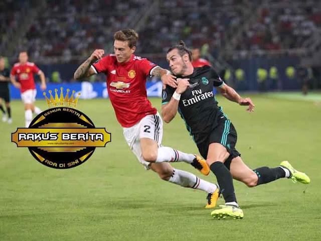 Mourinho Percayakan Pertahanan MU Kepada Lindelof