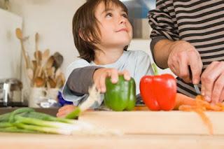 Agar Anak Mau Makan dan Doyan Banyak Sayur
