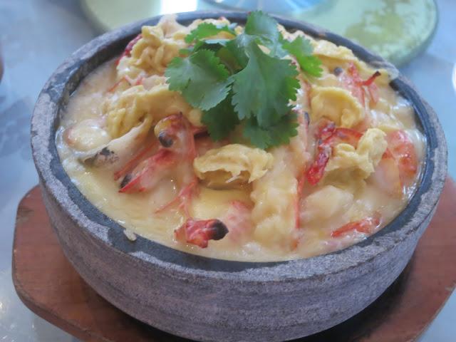 猫山王榴梿芝士焗海鲜饭