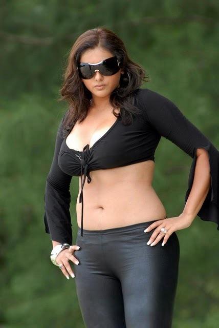 namitha hot: namitha in billa