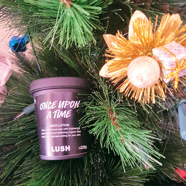 LUSH Christmas collection 2017 | Almost Posh