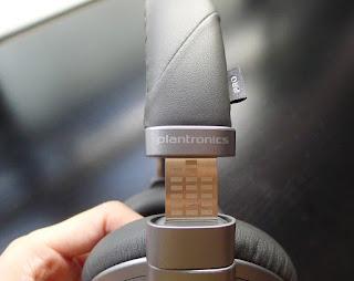 Plantronics BackBeat PRO+ headband