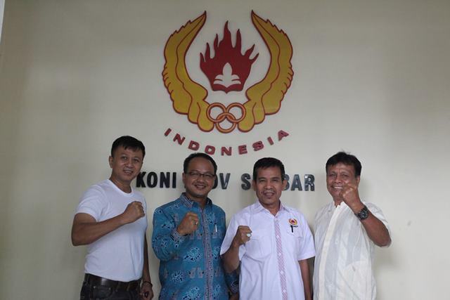 H. Hardinalis Kobal, SE, MM berkunjung ke Kantor KONI Provinsi Sumatera Barat
