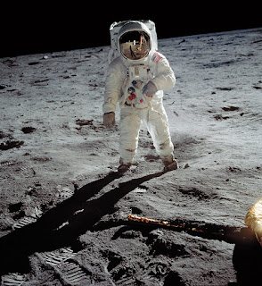 Why Nasa has not returned to Moon ?