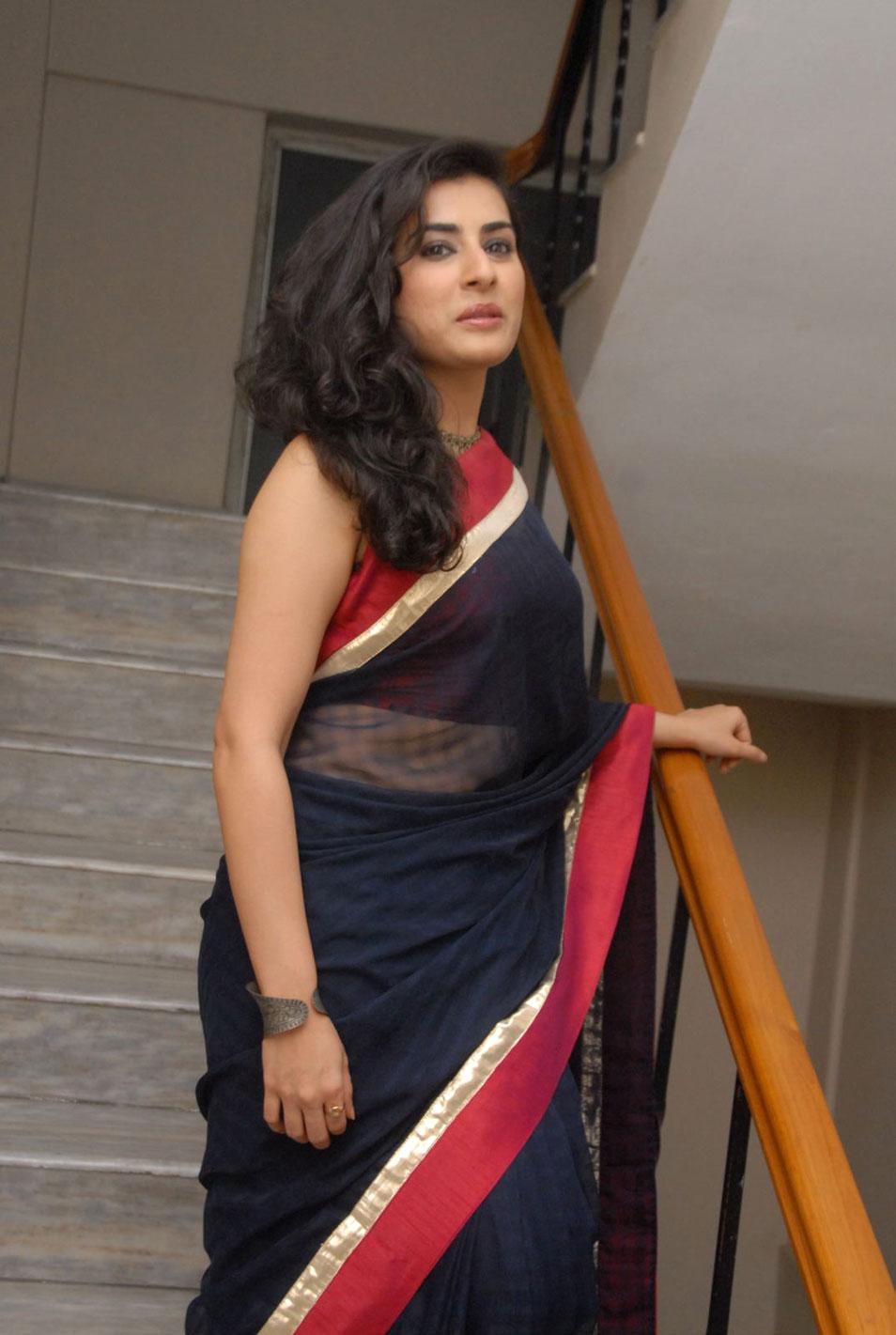 a9c949d046db53 Veda archana sastry full backless bikini blouse black transparent saree  boobs side view cleavage jpg 954x1421