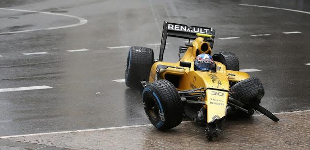 Mantan Pembalap F1 ini Mengejek Palmer yang Kecelakaan di Trek Lurus