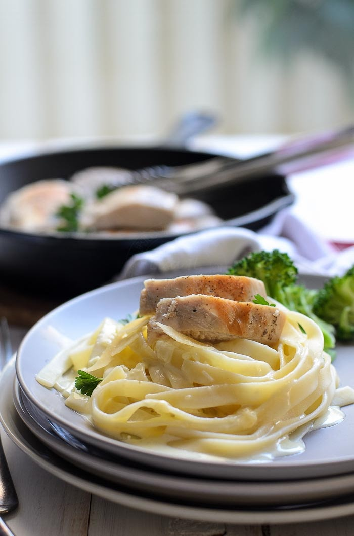 chicken with creamy fettuccine alfredo