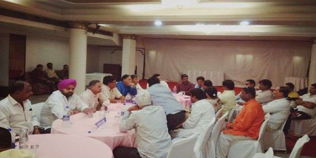 INDORE में कांग्रेस की बत्ती गुल, मंत्री भड़के | MP NEWS