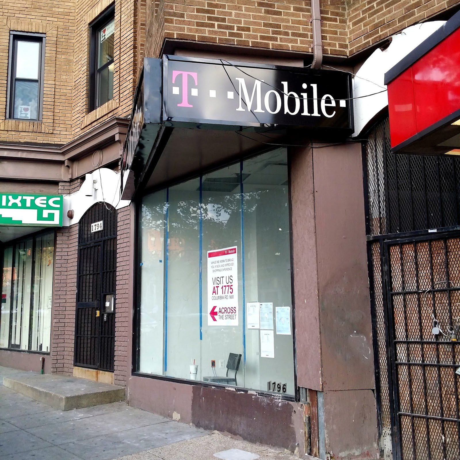 The 42 Rise Bakery T Mobile Get Signage In Adams Morgan