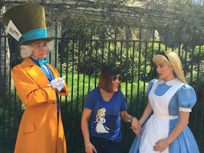parc Disneyland Anaheim attraction Alice au pays des merveilles