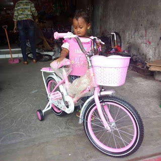 Sepeda Baru Keisha