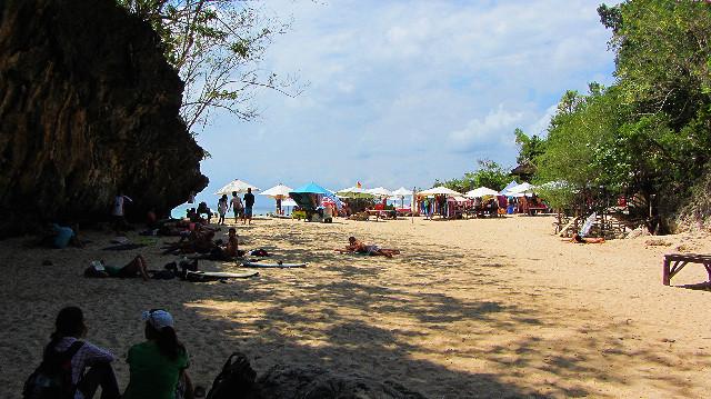 area pantai padang-padang