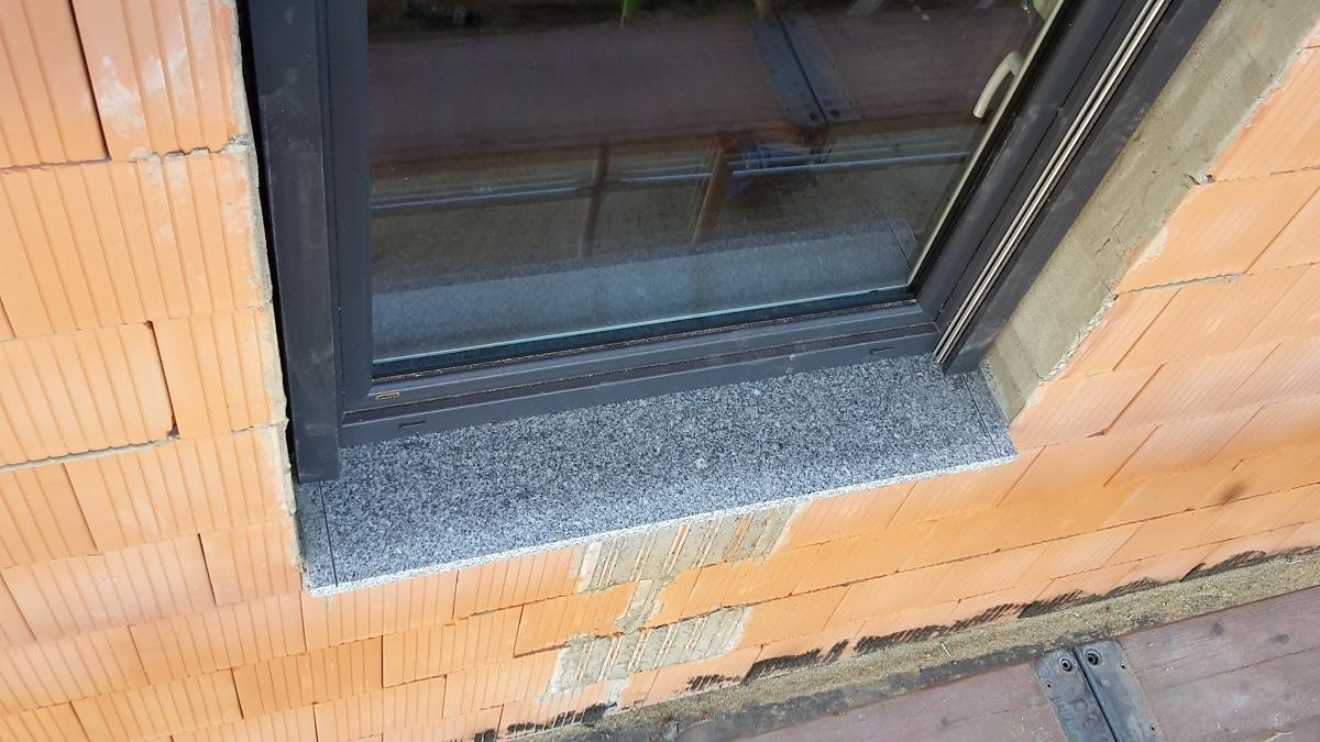 Unser Hausbauprojekt: Weitere Arbeiten am Dach - Fensterbänke innen ...