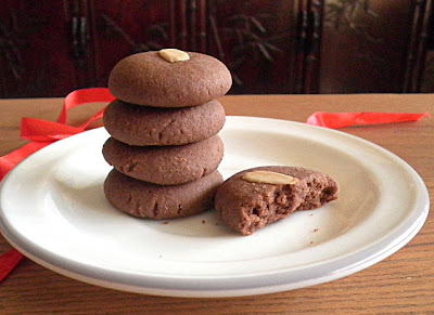 Eggless Nutella Cookies Recipe @ treatntrick.blogspot.com