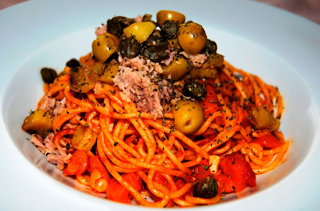 Espaguetis Ferragosto (Espaguettis di Ferragosto)