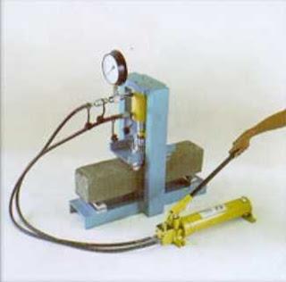 Jual hydraulic concrete beam testing machine