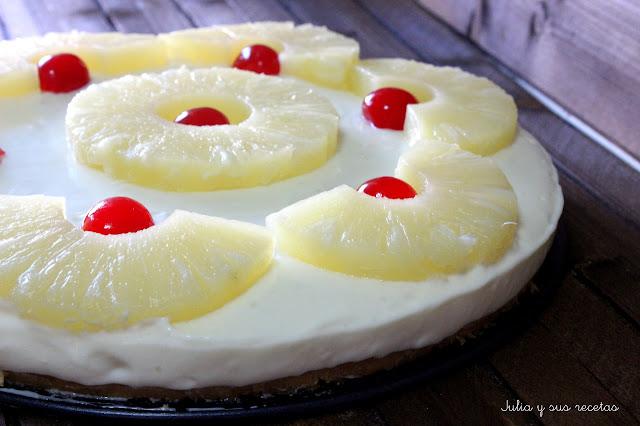 Tarta de queso crema, leche condensada y piña. Julia y sus recetas
